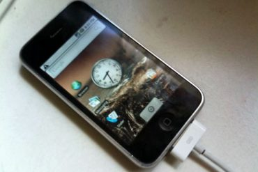 Android iPhone 370x247 - Android sur un iPhone : Oui c'est possible