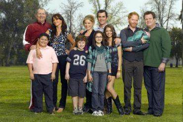 Modern Family 370x247 - Série TV - Modern Family