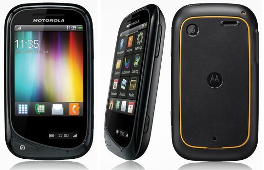 3 photos Motorola Wilder - Le Motorola Wilder dans la nature...