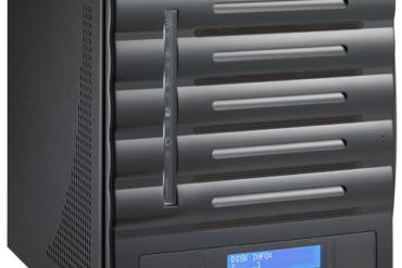 N5550 ANGLE1 370x247 - Thecus annonce un nouveau NAS 5 baies : N5550
