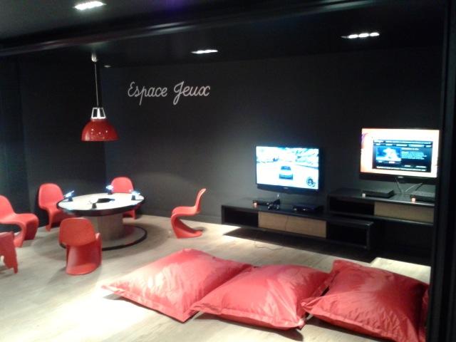 Espace jeu enfants - Visite du Free Center de Paris