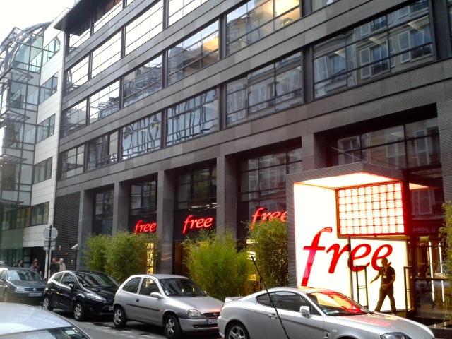 Free center - Visite du Free Center de Paris