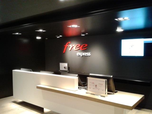 Free express - Visite du Free Center de Paris