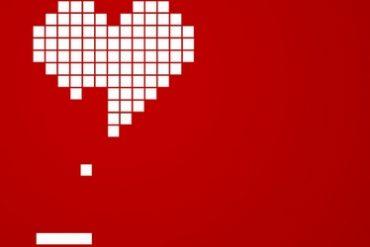 coeur tetris amour 370x247 - Interview Sébastien Moricard de GeekMeMore + concours