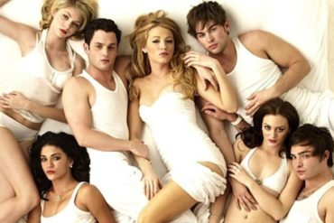 serie tv sexe 370x247 - Top 10 des scènes de sexe dans les séries TV