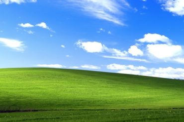 windows xp fond ecran 370x247 - Windows XP, c'est fini... enfin presque