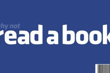 read book 370x247 - Pourquoi Facebook rend morose ?