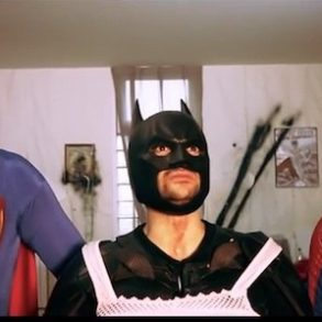 Superheroes hangover 293x293 - La vidéo du jour