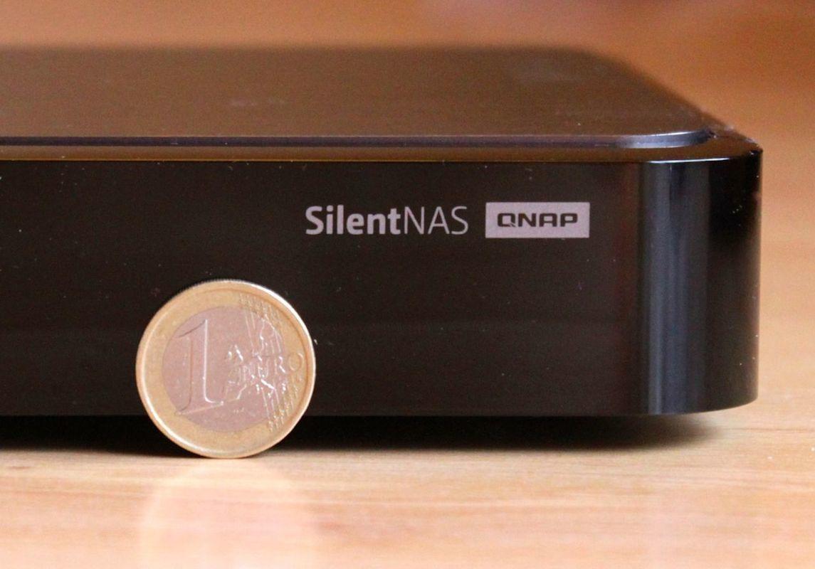 QNAP HS 210 SilentNAS - Test du QNAP HS-210