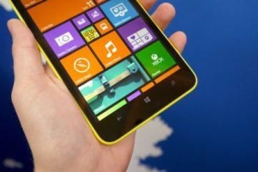 Nokia Lumia 1320 review 2 578 80 370x247 - Windows Phone 8.1 dispo pour les développeurs et ceux qui se font passer pour
