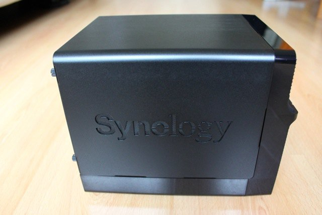 synology-ds414j-cote