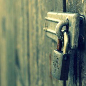 cadenas 293x293 - Les sites sécurisés (https) seront mieux positionnés sur Google