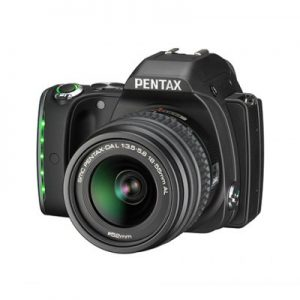 K S1 black 001 300x300 - Pentax renouvelle sa gamme