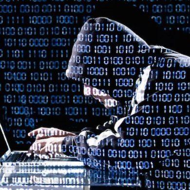 hacker 390x390 - 10 conseils sécurité pour votre NAS