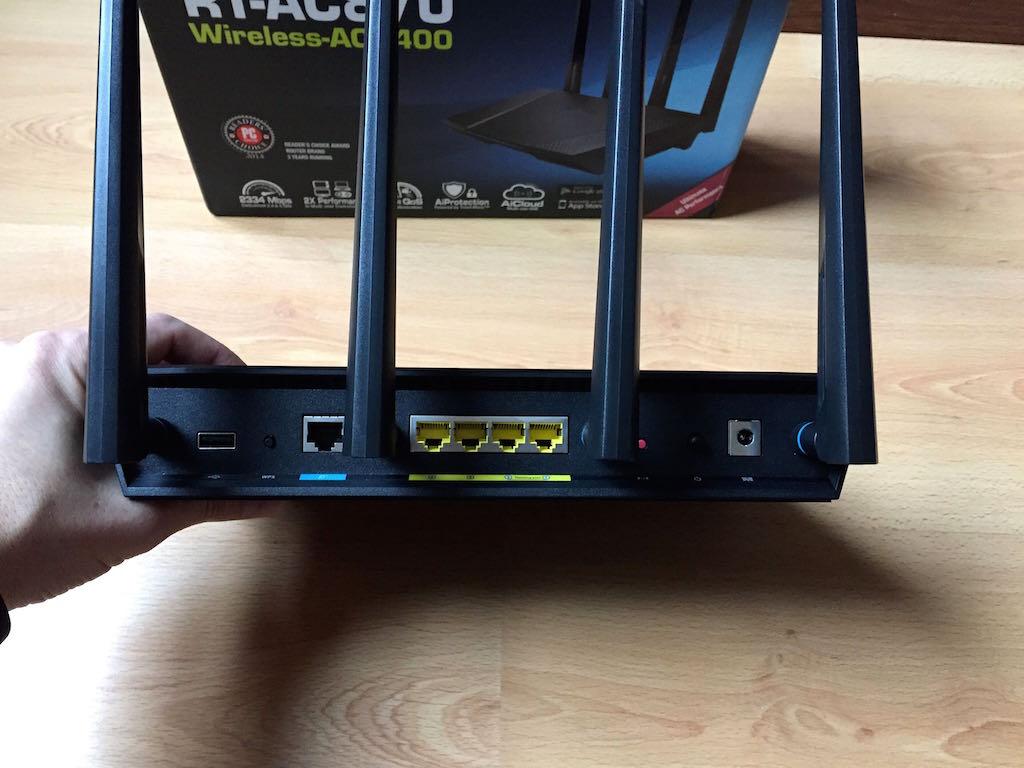 asus rt ac87u arriere - Test du routeur ASUS RT-AC87U