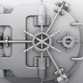 coffre fort 293x293 - Comment sécuriser ses accès et améliorer sa gestion des mots de passe?