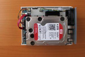 disque 2 TS 251C 300x200 - Test QNAP TS-251C : un NAS 2 baies pas cher avec HDMI