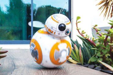 Star Wars rolling droid BB 8 370x247 - Le BB-8 de Star Wars 7 devient réel à travers un jouet