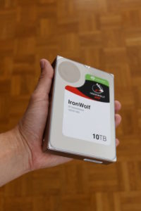 test seagate 10 200x300 - Test du disque dur NAS Seagate IronWolf 10 To