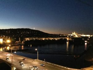 Prague by night maison dansante 300x225 - Petit week-end à Prague