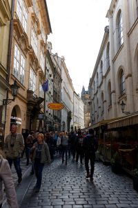 Prague ruelle 200x300 - Petit week-end à Prague