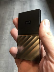 IMG 0879 225x300 - Western Digital lance le WD My Passport SSD : USB 3.1, jusqu'à 1 To, 515 Mo/sec...