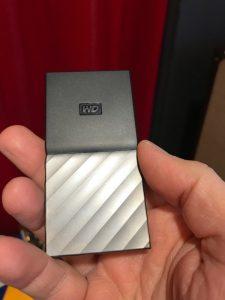 IMG 0896 225x300 - Western Digital lance le WD My Passport SSD : USB 3.1, jusqu'à 1 To, 515 Mo/sec...