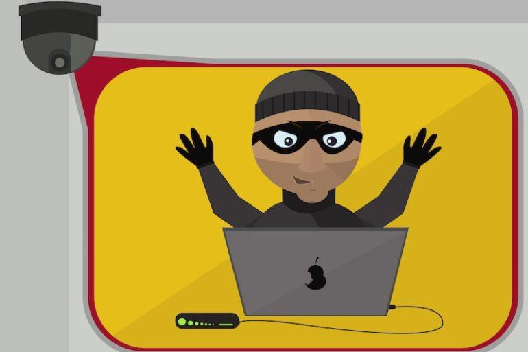 hacker camera ip 770x513 - Foscam : Encore des failles dans leurs caméras IP...