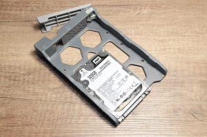 DSC 3866 300x199 - Test du TerraMaster D5-300C, une extension de stockage