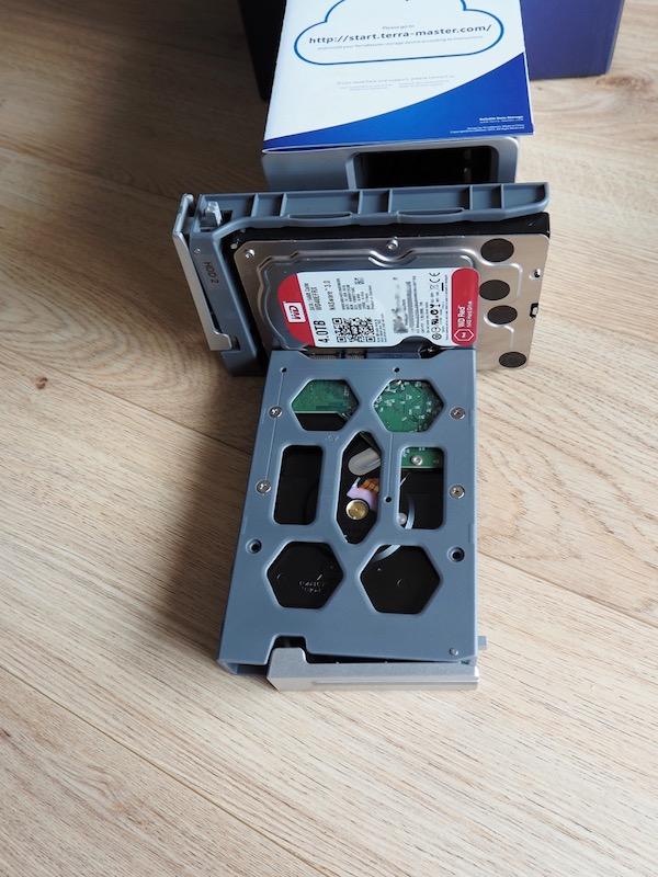 F2 200 disque dur - NAS - Test du TerraMaster F2-220