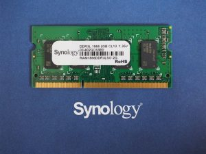 memoire ram synology 300x225 - Test NAS Synology DS718+ : la relève est-elle assurée ?