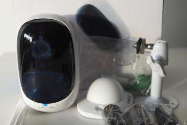 reolink argus unbox 370x247 - Reolink Argus, test de la caméra IP sans fil