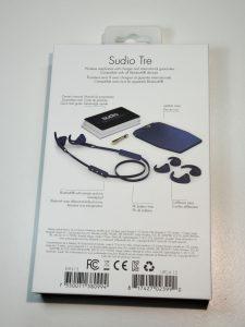 Sudio Tre boite arrieret 225x300 - Écouteurs Sudio Tre : du son et un design