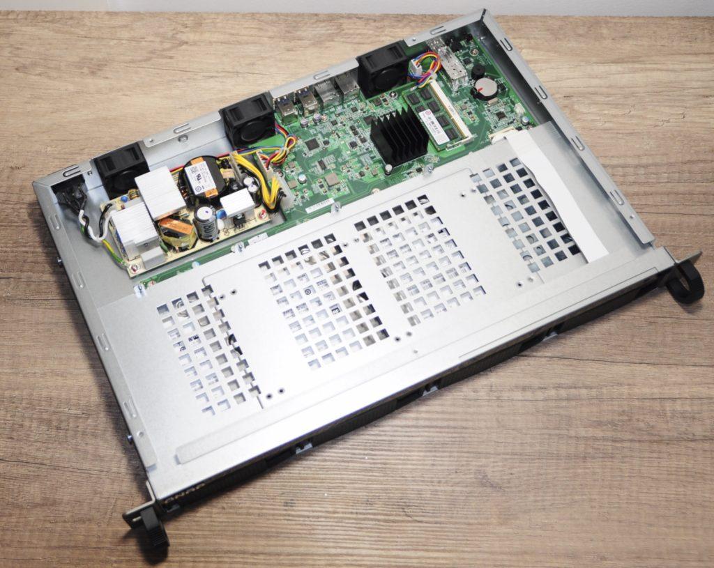 qnap ts 431xeu 20 1024x815 - Test NAS QNAP TS-431XeU rackable