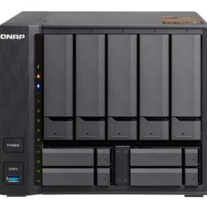QNAP TS 963X Front 293x293 - QNAP lance 2 NAS 9 baies TS-963X et TS-932X avec du 10Gbits/s