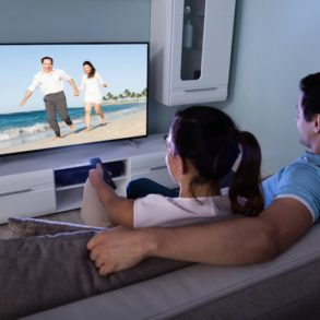 cinema couple 293x293 - Regarder films et séries du NAS Synology sur sa TV