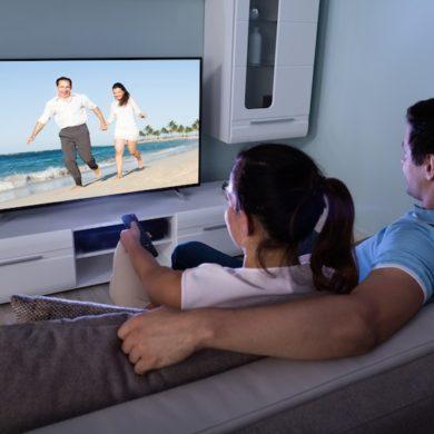 cinema couple 390x390 - Regarder films et séries du NAS Synology sur sa TV