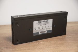 Netgear GS110MX 2 300x200 - Test de 2 switches Netgear 10 Gbit/s