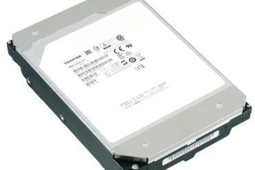 Toshiba MN07 14To 370x247 - Toshiba 12 To et 14 To avec hélium pour les NAS (MN07)