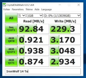 CrystalDisk IronWold 14To 300x273 - Test Seagate IronWolf Pro 14 To