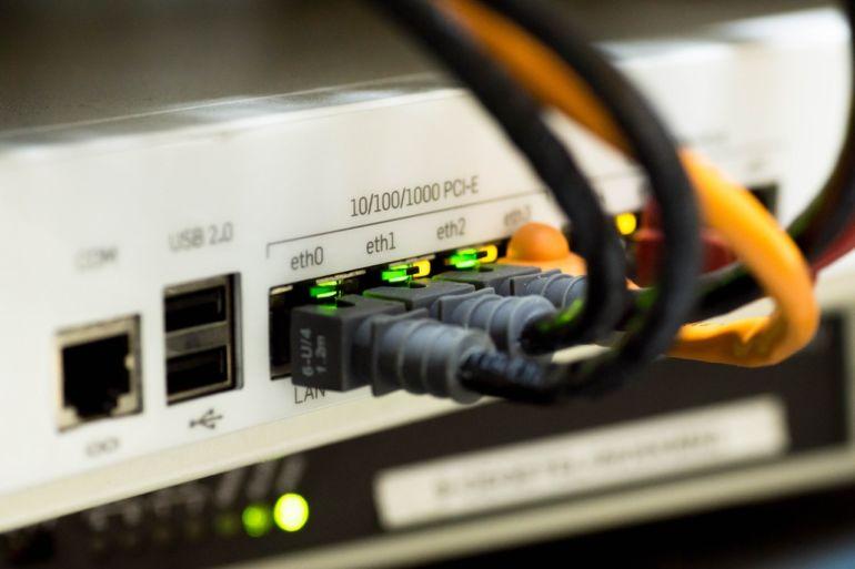 network cable ethernet computer 159304 770x513 - Switch Cisco & borne Ubiquiti qui redémarre toute seule... la solution