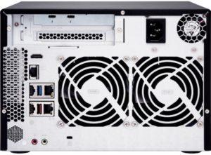 TVS 672XT back 300x221 - NAS QNAP TVS-x72XT : processeur Intel 8e génération, HDMI 2.0, 10GbE, Thunderbolt 3...