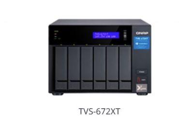 TVS x72XT 370x247 - NAS QNAP TVS-x72XT : processeur Intel 8e génération, HDMI 2.0, 10GbE, Thunderbolt 3...