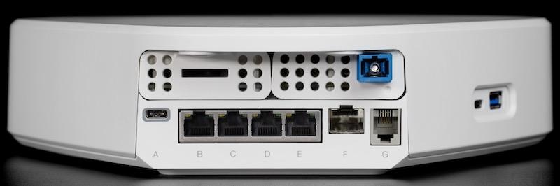 freebox delta arriere - Freebox : Fibre 10 Gbit/s, NAS, Netflix, Devialet, Somfy...
