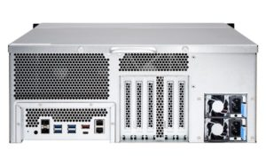QNAP TS 2477XU RP Arriere 300x188 - QNAP annonce 2 NAS : TS-2477XU-RP-2600 et TS-2477XU-RP-2700