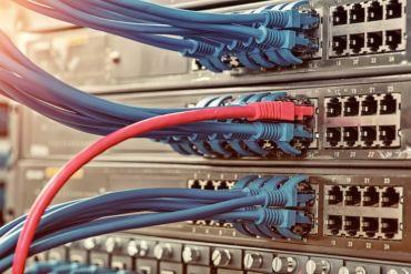 connexion ovh rouge 370x247 - [Message de service] Maintenance OVH du 4 au 14 mars