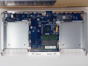 QNAP HS 453DX interieur 300x225 - Test du QNAP HS-453DX... le NAS ultime ?