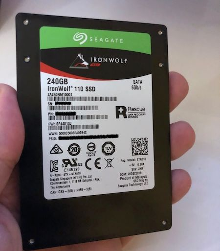 Test IronWolf 110 240Go 450x513 - Test SSD Seagate IronWolf 110