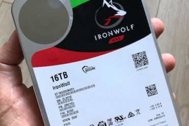 review inronwolf 16TB 370x247 - Test Seagate IronWolf 16 To (disque NAS)