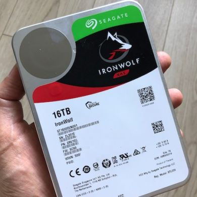 review inronwolf 16TB 390x390 - Test Seagate IronWolf 16 To (disque NAS)